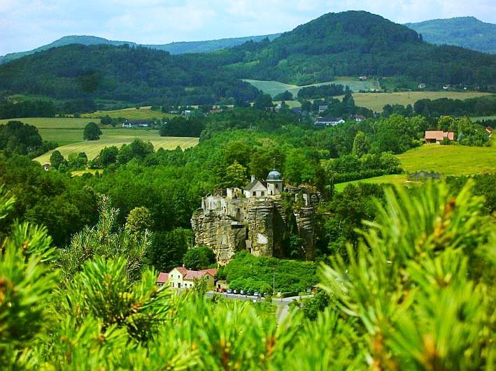 Sloup v Čechách - kam v okolí na výlet - jeskyně, hrady, zajímavosti